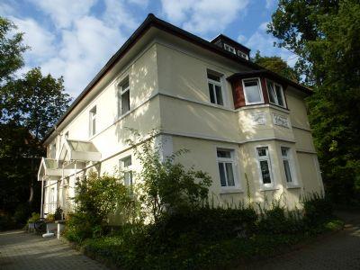 freistehende villa baujahr 1930 mehrfamilienhaus saalfeld saale 2b3gg4z. Black Bedroom Furniture Sets. Home Design Ideas