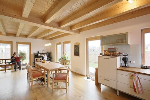 Alternatives wohnen bei liestal einfamilienhaus nusshof for Alternatives wohnen