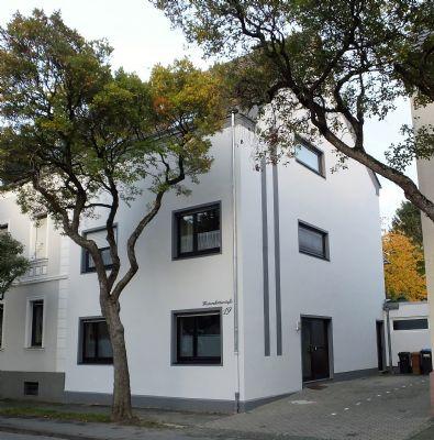 lippstadt s d top anlageobjekt kompl renoviertes 3 familienhaus mit wundersch nem garten. Black Bedroom Furniture Sets. Home Design Ideas
