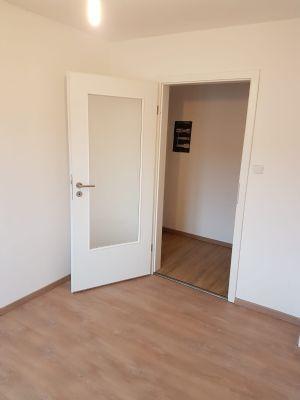 wohnung in f rth stadtteil hardh he zu verkaufen wohnung f rth 2n7k944. Black Bedroom Furniture Sets. Home Design Ideas