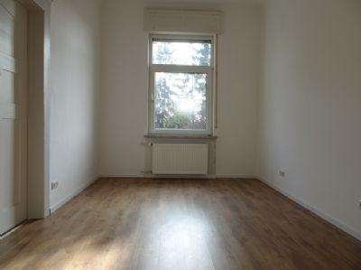 attraktive sch ne 5 zi wohnung inkl wintergarten in hd kirchheim zu verkaufen etagenwohnung. Black Bedroom Furniture Sets. Home Design Ideas