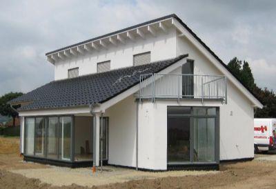 baugleiches Haus von Südwesten