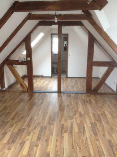 Single - Wohnung im Dachgeschoss