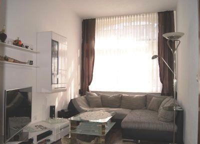 Gemütliches helles Wohnzimmer