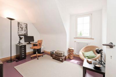 stilvolles 1 2 familien haus mit tuffstein fassade und. Black Bedroom Furniture Sets. Home Design Ideas