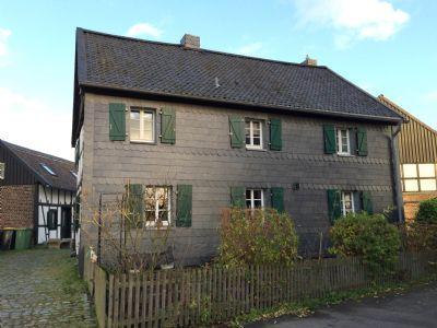 fachwerkhaus in einer hofanlage bauernhaus siegburg 2b3kc4r. Black Bedroom Furniture Sets. Home Design Ideas