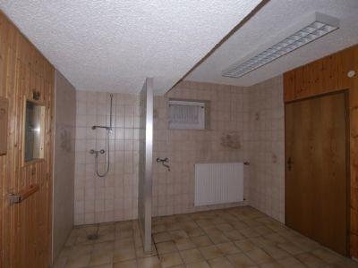 Duschbereich vor Sauna