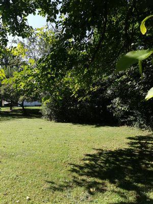 Finning/ LL: Ca. 1.511 m² eingewachsenes Grundstück mit Bestandsimmobilie (EFH)