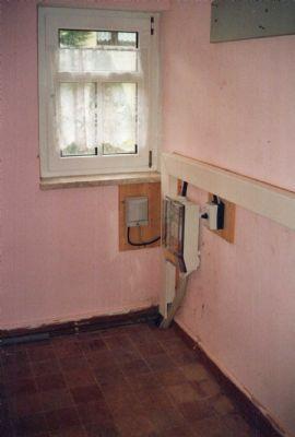 EG-Speisekammer mit Stromanschluss (Erdkabel)