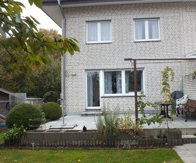 sch nes doppelhaush lfte in bielefeld vilsendorf privat haus bielefeld 2b6mm4t. Black Bedroom Furniture Sets. Home Design Ideas