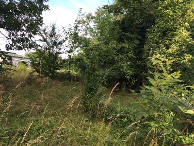 Grundstück für eine Doppelhaushälfte in grüner Lage von Bannewitz