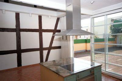 Kücheninsel mit Essbereich