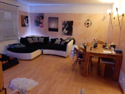 Helle 3-Raum-Wohnung mit Balkon und Garage ab 01.05.2020 verfügbar