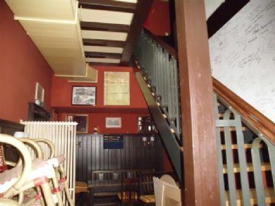 Kneipe mit Aufgang in die 2. Ebene