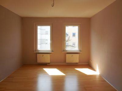 2 Zimmer-Altbauwohnung in Fürth, Flößaustraße zu vermieten