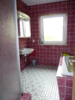 Das Badezimmer im EG