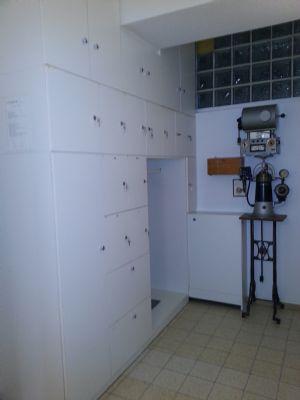 Bild 27 Garderobenschrank für Mitarbeiter