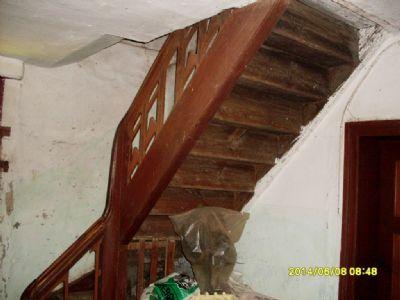 Originaler Treppenaufgang des 19. Jahrhunderts