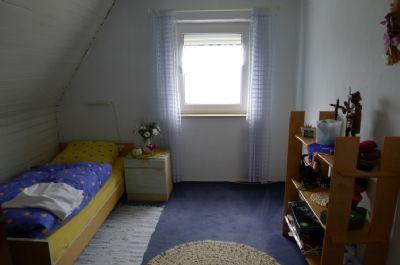 Kinderzimmer im DG