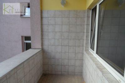 ruhig am stadtrand gelegene kleine 2 raumwohnung mit balkon aufzug im haus wohnung werdau 2karn4y. Black Bedroom Furniture Sets. Home Design Ideas