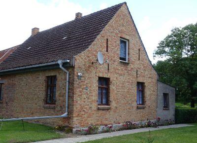 einfamilienhaus mit stallanteil u gro en grundst ck in deyelsdorf bei tribsees einfamilienhaus. Black Bedroom Furniture Sets. Home Design Ideas