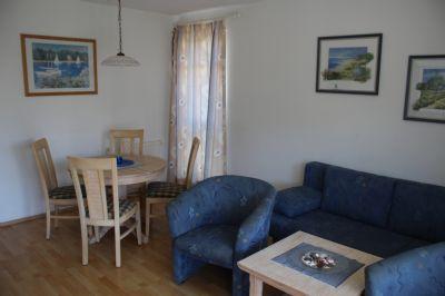 Wohnzimmer einer 2-Raumwohnung