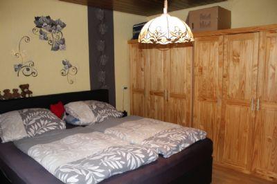 Das Elternschlafzimmer mit Ankleidezimmer