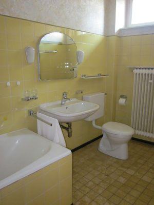 Bad-Dusche