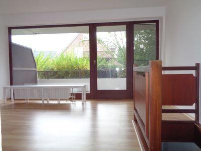 gro z gige 3 zimmer wohnung ber zwei ebenen zu vermieten etagenwohnung l beck 2hg3u49. Black Bedroom Furniture Sets. Home Design Ideas