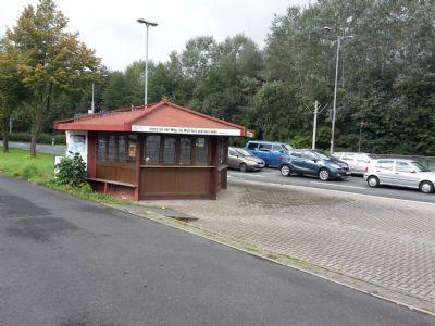 Lage Stadionparkplatz & Nahverkehrshaltestelle