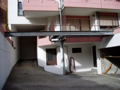 helle eigentumswohnung in ka weststadt 95 m zentrale. Black Bedroom Furniture Sets. Home Design Ideas