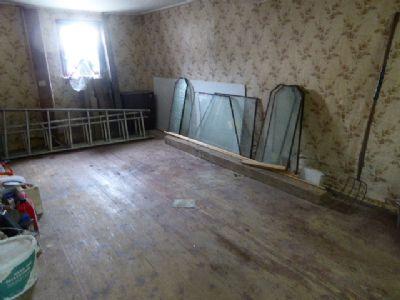 Zimmer mit Holzdielen