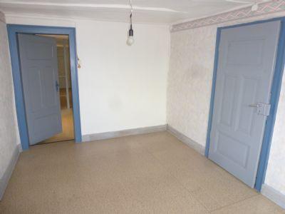 Zimmer 2 OG Durchgang Kammer