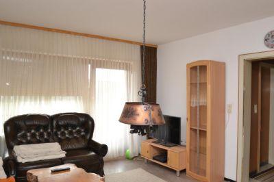 Wohnzimmer OG mit Balkonausgang