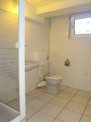 Badezimmer Kellergeschoss