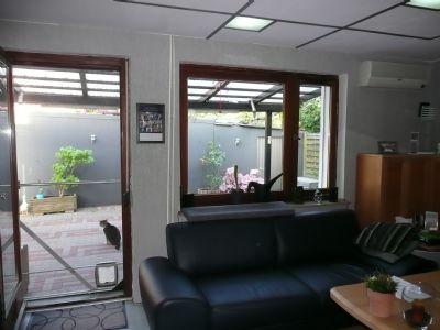 Wohnzimmer mit Terrasse