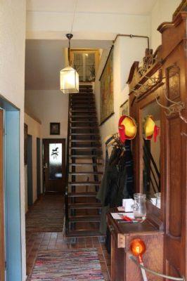 Eingangsdiele mit Treppenhaus