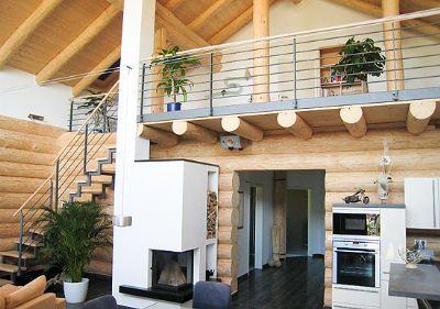 Naturstamm blockhaus einfamilienhaus rekingen 265g949 for Blockhaus innen modern