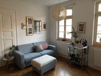 Kernsanierte 3 Zimmer Altbauwohnung in der Fürther Innenstadt mit EBK und Vollbad