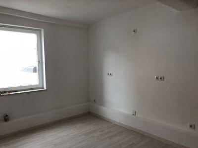 exklusive 3 zimmer wohnung am stadtplatz wohnung straubing 2lg3e44. Black Bedroom Furniture Sets. Home Design Ideas