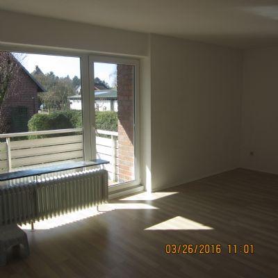 Schicke, helle 4 Zimmerwohnung in Bookholzberg in zentraler Lage