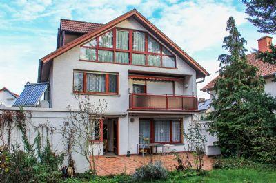 Einfamilienhaus mit Abgeschlossenheitsbescheinigung für 3 Wohneinheiten von Privat zu verkaufen