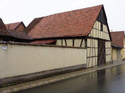 Traditionelles Stallgebäude und Scheune incl.