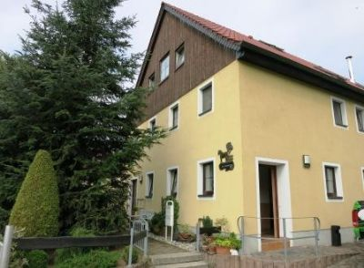 Mehrfamilienhaus_Oschatz_Eingang