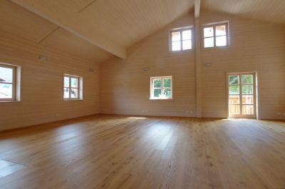 Wohnraum mit ca. 70 m²