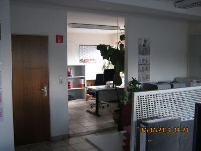 produktionshalle mit kranbahn werkstatt lagerhalle mit b ro und ggf wohnung miete oder kauf. Black Bedroom Furniture Sets. Home Design Ideas