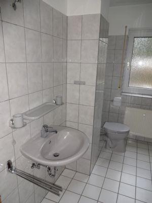 11 Badezimmer Hauptwohnung