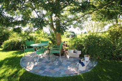 willkommen im paradies architektenvilla mit traumgarten pool sauna direkt am golfplatz. Black Bedroom Furniture Sets. Home Design Ideas
