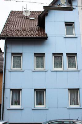 zentrumnahes wohnen doppelhaush lfte mit drei wohungen. Black Bedroom Furniture Sets. Home Design Ideas