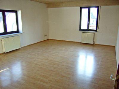 Sehr großes, sonniges Wohn-/Esszimmer
